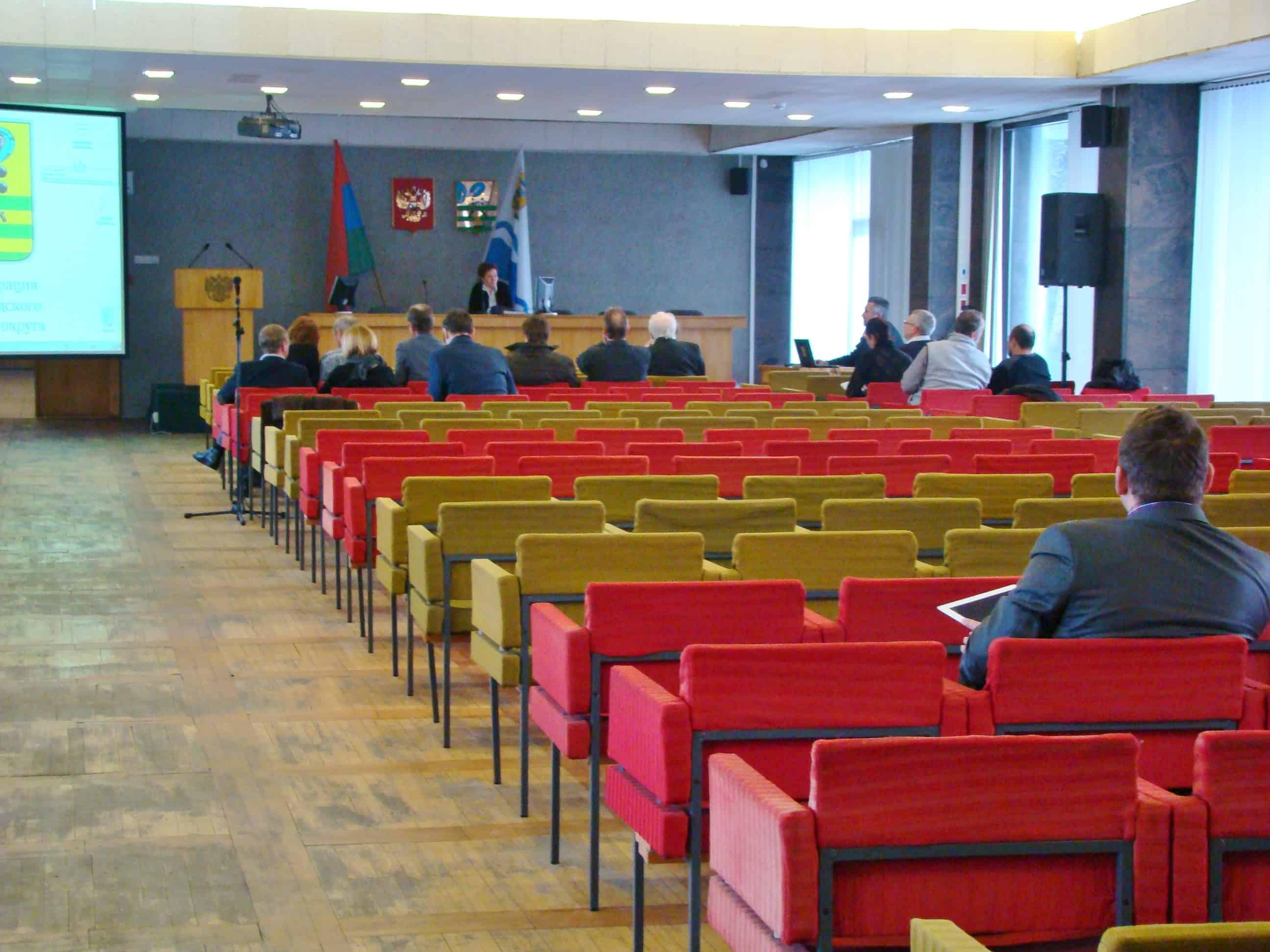 Представитель застройщика И.Гаврюшев безмолвствует уже второе заседание подряд
