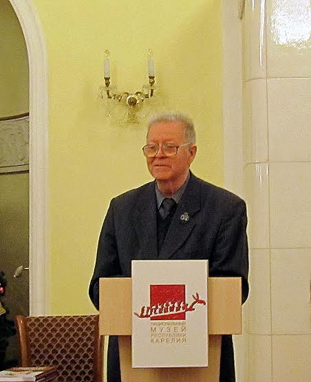 Александр Валентик на презентации книги в Национальном музее Карелии