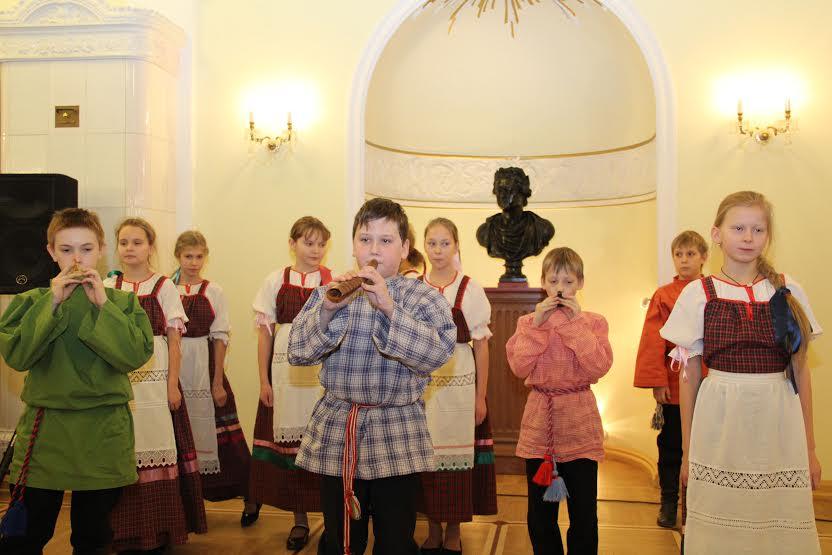 Фольколорный ансмбль Детской школы искусств имени Балакирева