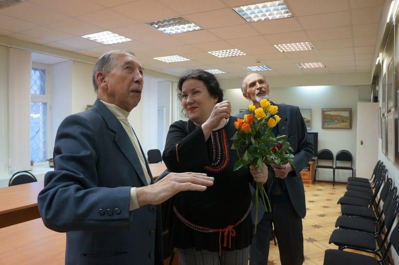 Нелли Григорьева и Валентин Чекмасов на вернисаже в Минкульте Карелии