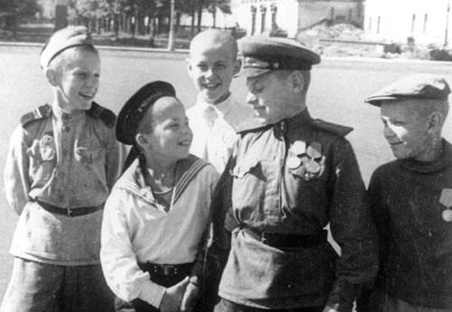 Дети войны. Фото yarnovosti.com