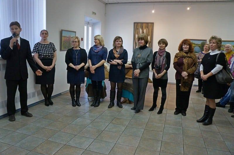 В Городском выставочном зале Петрозаводска открылась  выставка «Дорогой творчества». Посвящена она 40-летию Олонецкой ДХШ.