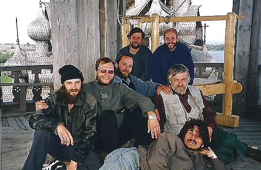Участники I фестиваля колокольных звонов в Кижах. 1998 год