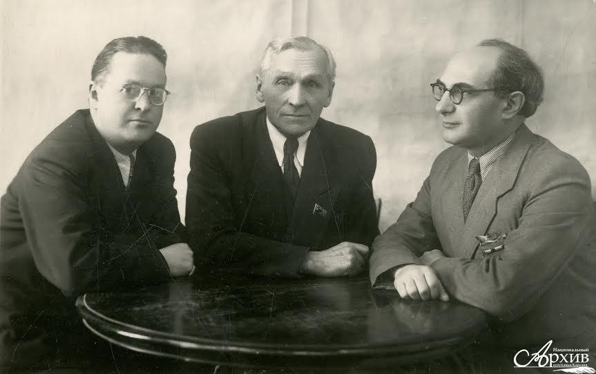 Правление Союза композиторов Карелии. Слева направо: Г.-Р.Н. Синисало, К.Э. Раутио, Р.С. Пергамент. 1955 год