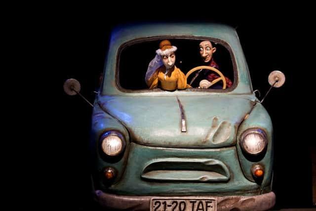 """Сцена из спектакля """"Железо"""" Театра кукол Карелии. Фото puppet.karelia.ru"""