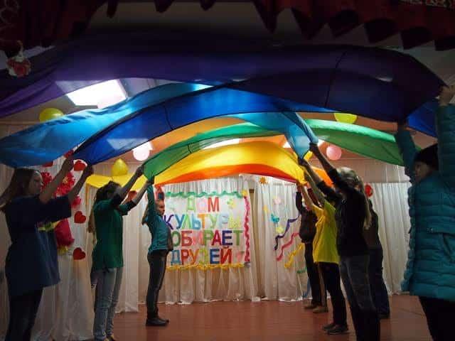 В ДК поселка Мелиоративный. Репетиция праздника. Фото Ирины Ларионовой