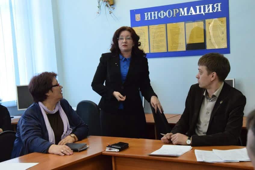 Выступает бывший директор лицея №1 Анна Малькова