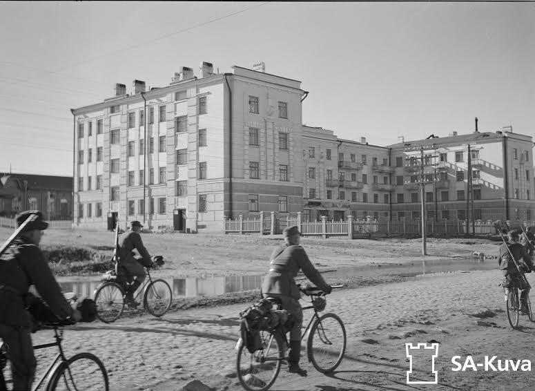 Дом руководящего состава Кировской железной дороги. С фотографии 1942 года