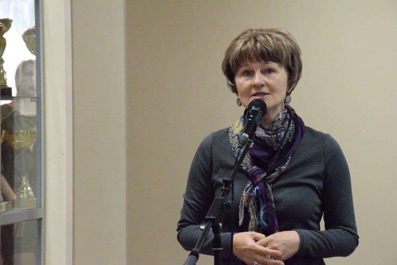 Ирина Ларионова на вернисаже