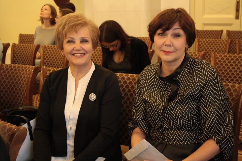 Любовь Бирюкова (слева) и Любовь Васильева