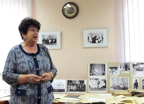 О помощи, которую оказали ей архивисты при написании книги «И дольше века…», рассказала Людмила Баранова