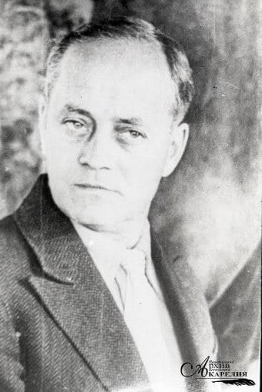 Сергей Васильевич Ланговой, заслуженный деятель искусств КФССР. 1938 год