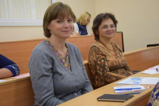Юлия Гришина (слева)